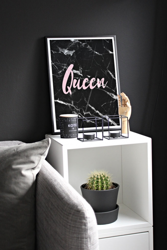 Queen poster | Typography poster with pink marble font on black marble background.