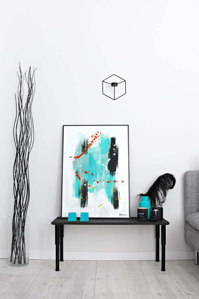 Aqua Brush & Splatter poster | Abstract art print made from acrylic paint with digital modifications. By combining analogue and digital techniques we have created a special edition of poster art for your home. These art prints are painted with acrylic paint on canvas and modified digitally by our designteam.